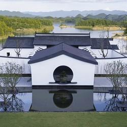 安麓又一惊艳之作,坐拥一线湖景,享中式奢华!千岛湖安麓2晚套房套餐