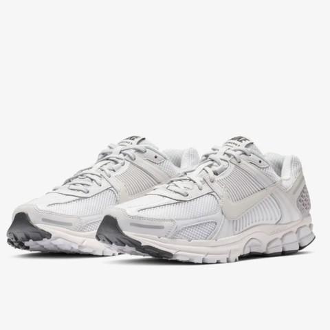 新品发售:NIKE 耐克 ZOOM VOMERO 5 SP 男子运动鞋