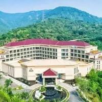 酒店特惠 : 500亩园林酒店,睡太湖畔45㎡豪华房,全家享湖鲜套餐!苏州东山宾馆2晚度假套餐