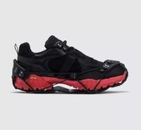 1017 ALYX 9SM 男士徒步鞋