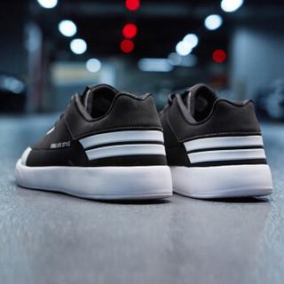 ERKE 鸿星尔克 51118301101 男士滑板鞋 (正黑/正白、42)