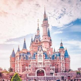 门票特惠 : 上海迪士尼乐园一日成人门票(刷证入园,无限次出入)