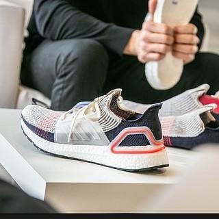 限尺码 : adidas 阿迪达斯 UltraBOOST 19 男/女子跑步鞋