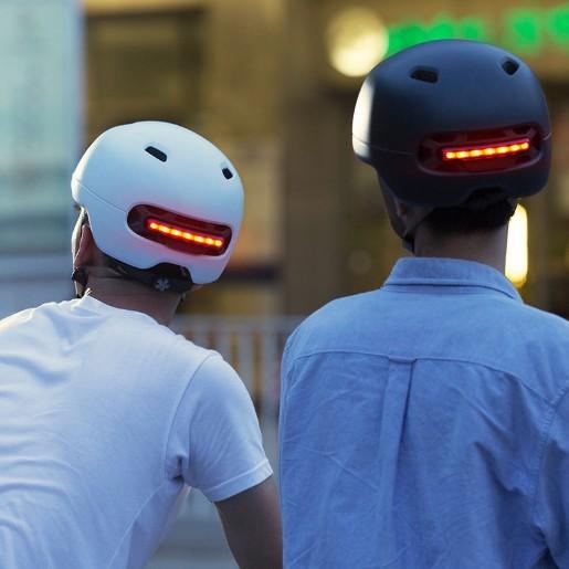Smart4u 城市轻骑智能闪盔