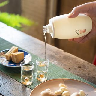 谷小酒 52度浓香型白酒100ml*5瓶礼盒装宜宾五粮食酿造 (礼盒装、浓香型、52%Vol、100ml*5)