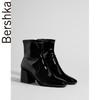 Bershka女鞋2019春季新款潮流黑色粗跟漆皮短靴瘦瘦靴15123331040 179元