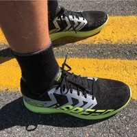 SKECHERS 斯凯奇 GOrun Razor 3 Hyper 中性轻量级竞速跑鞋