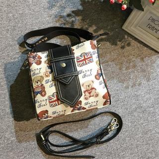 DANNY BEAR 丹尼熊 英美熊系列 女 时尚休闲小方包斜挎包 DBWB8115025-179W 白色配黑色