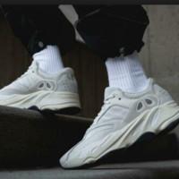 adidas 阿迪达斯 YEEZY BOOST 700 EG7596 运动休闲鞋 42