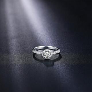 鸣钻国际 花漾 白18k金钻戒 钻石戒指结婚求婚女戒 情侣对戒女款  共约55分 15号