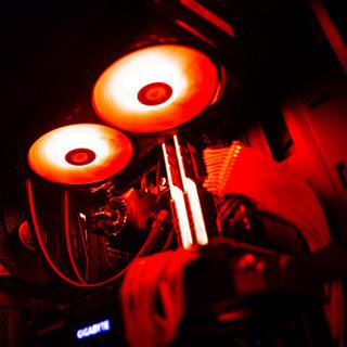 雷霆世纪 Chaos 559 i9-9900K/技嘉RTX2080Ti/技嘉Z390/幻光戟8G*2/500G+31.5英寸144Hz电竞曲面显示器