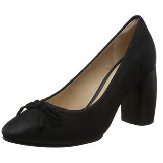 限尺码 : Clarks 26135127 女士生活休闲鞋
