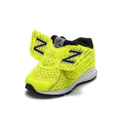 New Balance 幼童运动飞机鞋 *2件