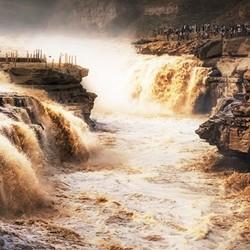 北京-山西平遥古城+壶口瀑布+灵石3天2晚跟团游