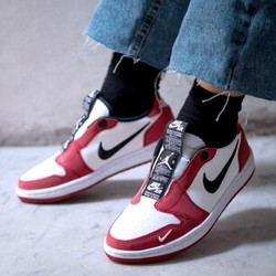 AIR JORDAN 1 LOW SLIP NRG 女子运动鞋