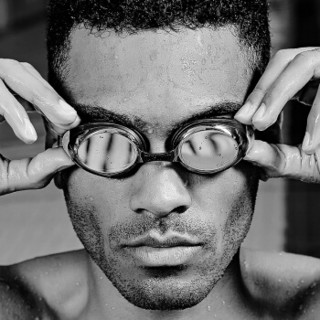 拓胜(TOSWIM)泳镜防雾舒适游泳眼镜专业防水游泳镜男墨鱼黑200度