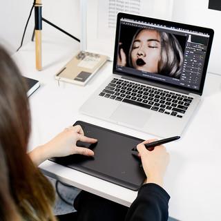 wacom 和冠 PTH-460 专业数位板Intuos专业手绘图画手写设计 (USB)