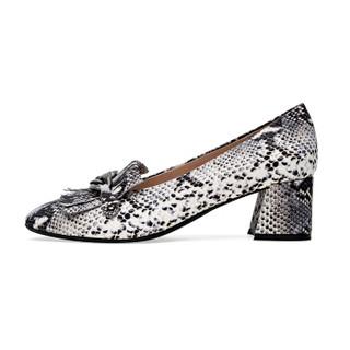 le saunda 莱尔斯丹 =优雅方头流苏链条套脚粗跟单鞋SAUNDA7T50003 灰色蛇纹 35
