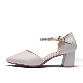 Fuguiniao 富贵鸟 女单鞋百搭粗跟珍珠扣带甜美尖头浅口K99D533C 米色 37