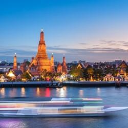 曼谷夜游湄南河 多船型可选 (人妖表演/泰式舞蹈+自助餐)