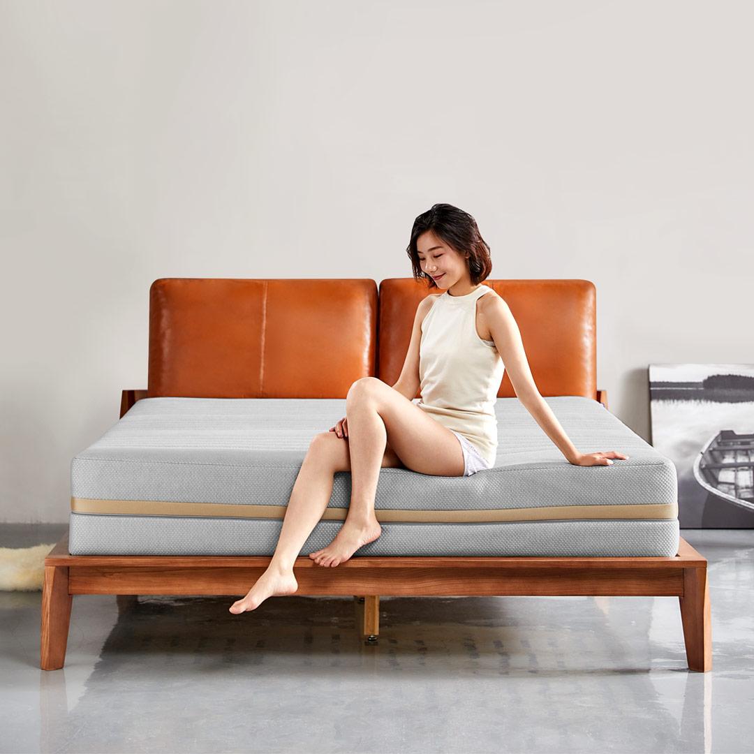 8H超极蜂巢弹簧床垫M6(灰金版)