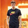 耐克NIKE 男子 休闲 短袖T恤 TEE ICON FUTURA 短袖文化衫 AR5005-013黑色L码