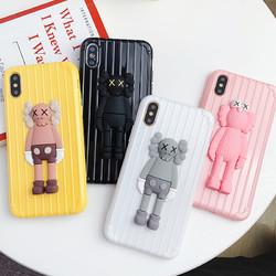 GGUU 苹果7plus手机壳kaws公仔