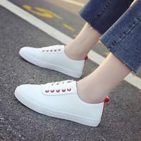 小白鞋女秋季新款百搭韩板鞋学生基础平底休闲鞋子学院风运动板鞋