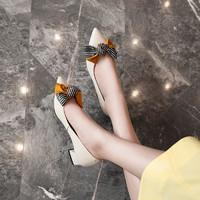kumikiwa卡米2019秋季新品牛皮淺口蝴蝶結尖頭粗低跟單鞋女 36 米色