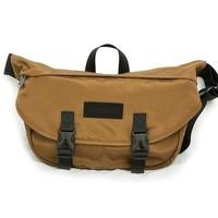 考拉海購黑卡會員:Marmot 土撥鼠 R25810 單肩郵差包