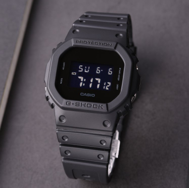CASIO 卡西欧 DW-5600BB-1 男士运动腕表