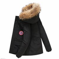 U.S.POLO ASSN.加拿大风白鸭绒羽绒服
