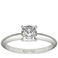 Blue Nile 14k白金经典四镶爪单石订婚戒指 搭配 1.01克拉钻石