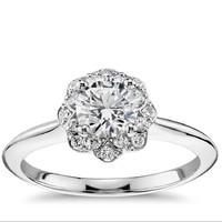 Blue Nile 14k白金 花卉光环钻石订婚戒指 搭配1.00克拉钻石