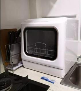 布谷台式洗碗机的超快洗模式只要19分钟,