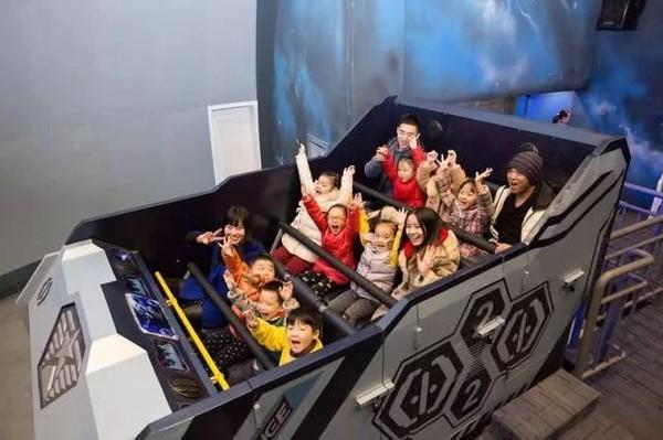 3大运动体验区+6大互动式科幻场馆!武汉欢乐星球+饼干运动家儿童主题乐园 亲子票