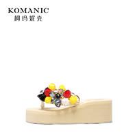 柯玛妮克 2019夏季新款厚底防水台女鞋 棉布夹趾凉拖花朵饰坡跟鞋