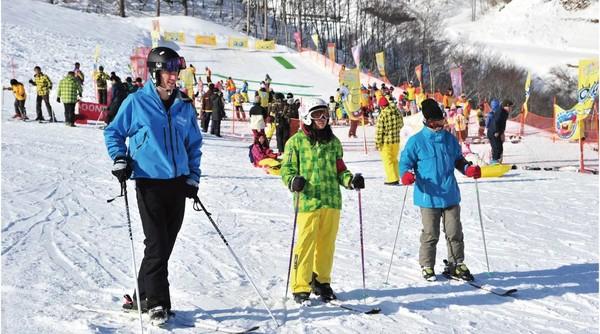 日本札幌Greenland White Park 滑雪场 SAJ教练滑雪入门班(含往返巴士)