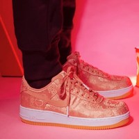 NIKE AIR FORCE 1 PRM / CLOT CJ5290-600 男女款运动鞋
