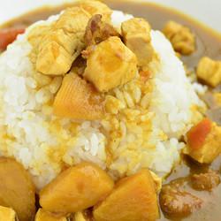 日式咖喱块咖喱酱4种口味鸡肉海鲜牛肉蔬菜加热食200g/袋
