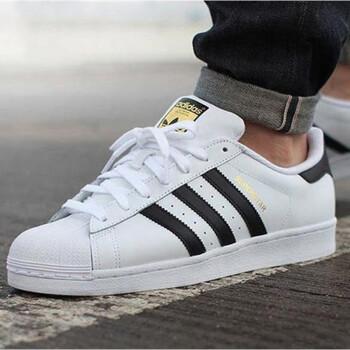 Adidas 三叶草 EG4958 Superstar 男女款金标贝壳头白鞋 黑白 35.5