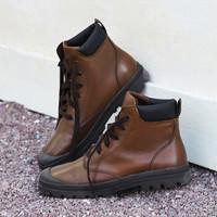 京东京造 工装靴男马丁男靴圆头手工擦色头层牛皮 棕色 44
