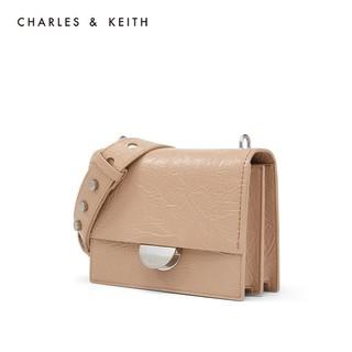 CHARLES&KEITH CK2-80671036-1 女士金属扣饰单肩包