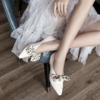 KumiKiwa 卡米 女士蝴蝶结尖头单鞋
