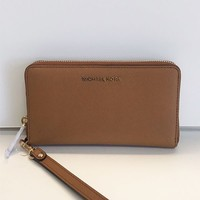 Michael Kors Jet Set Travel系列  32H4GTVE9L 长款拉链钱包