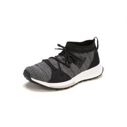 阿迪达斯 QUESA运动防滑耐磨女款舒适透气跑步鞋