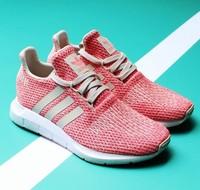 adidas 阿迪達斯 SWIFT RUN 女子運動跑步鞋