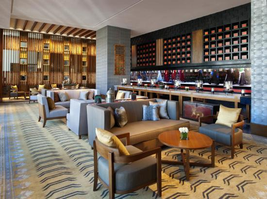 拉萨瑞吉度假酒店 豪华大床房1晚 含单人自助晚餐2份