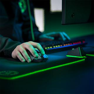 Razer雷蛇毒蝰终极版轻量无线游戏专用鼠标宏RGB充电底座电竞电脑