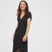H&M DIVIDED HM0714828  女士V领收腰连衣裙